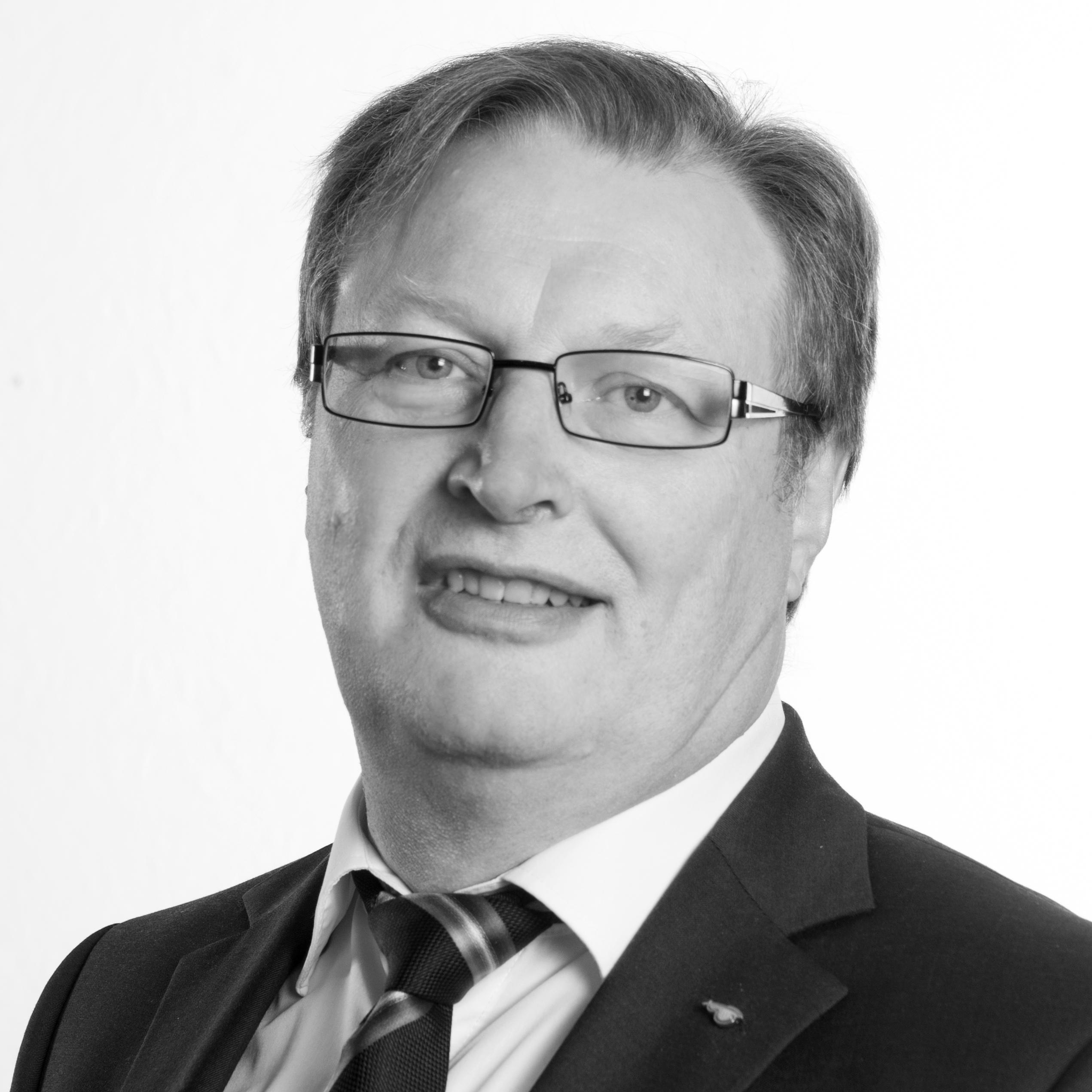 Friedrich Hachenberg, Fachbereichsleiter Büro des Bürgermeisters und Pressesprecher, Telefon: 02267/64-305, friedrich.hachenberg@wipperfuerth.de